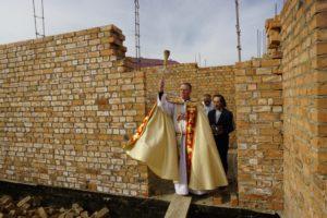 Poświęcenie budowy w Centrum Dziecięcym na Issyk-kule